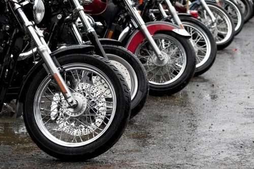 A Brief Review Of Motorcycle Safety Tips: Because Safety Starts With You